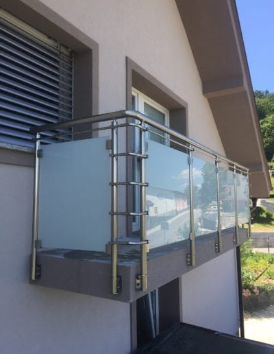 nove staklene ograde balkon vani nutra ograda od stakla alumix zagreb (9)