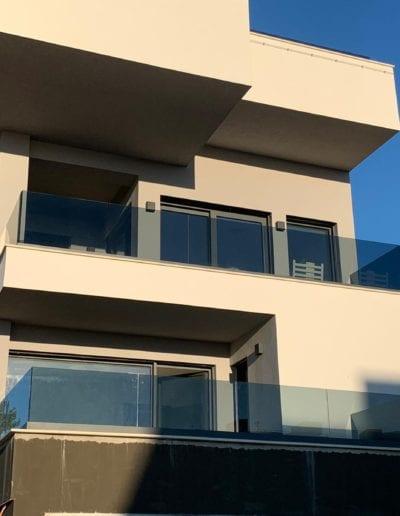 staklena balkonska ograda alumix zagreb izrada i montaža ograde (3)