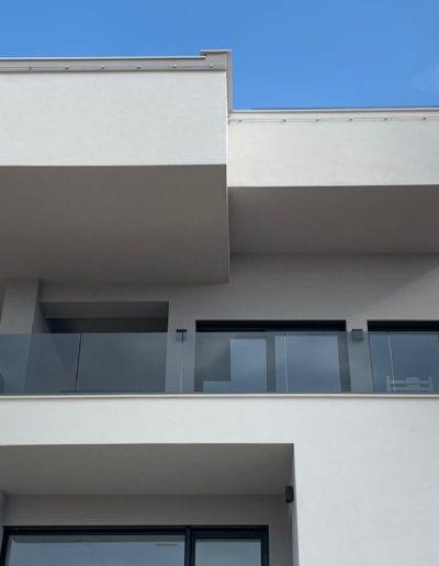 staklena balkonska ograda alumix zagreb izrada i montaža ograde