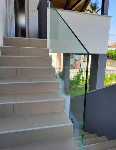 staklene ograde za balkon ili vani unutrašnjost ograde staklo ograda staklena ideje staklne ograde izrada montaža ograda od stakla (8)