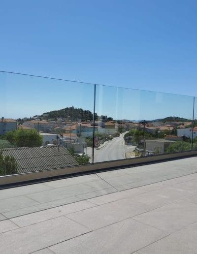 staklene ograde za balkon ili vani unutrašnjost ograde staklo ograda staklena ideje staklne ograde izrada montaža savjet izgradnja alumix zagreb zagrebačk (8)