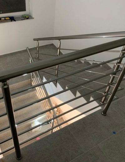 stepništa nova izrada stepeništa montaža stepenište metalno montiranje stepeništa izrada kvalitetna stepeništa izgradnja alumix azgreb novo stupovi